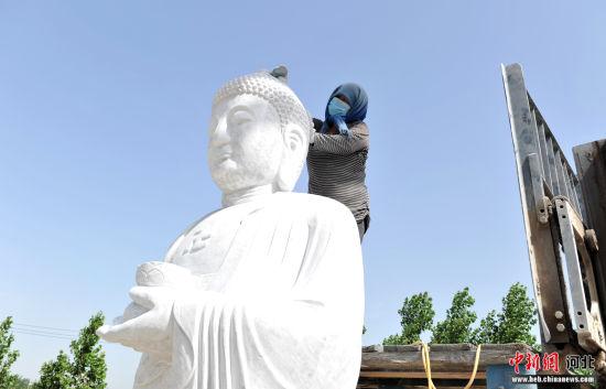 探訪中(zhong)國仿古石雕文化之(zhi)鄉 產品行(xing)銷全國