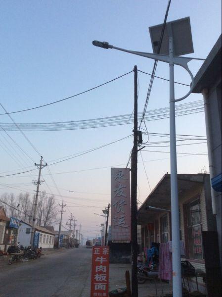 河北围场广发永乡安装185盏太阳能路灯暖民心