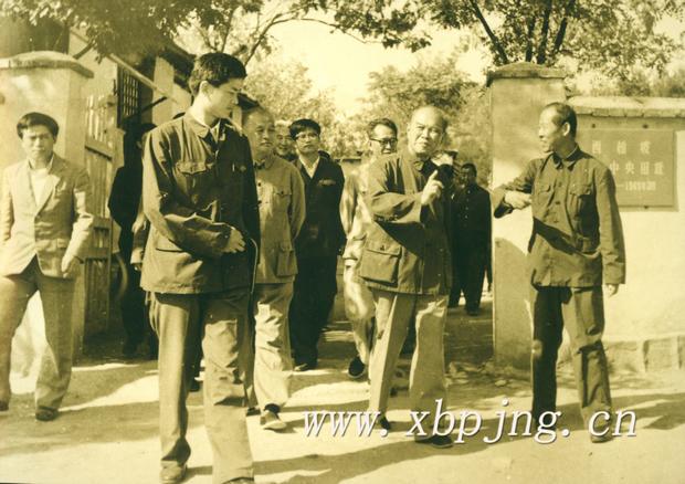 年9月26日,粟裕在西柏坡1970年4月19日,陈毅元帅在西柏坡1959年图片